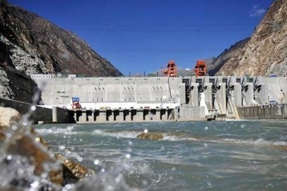 Nepal earthquake highlights dangers of dam building in Tibet   L'immolation : un geste politique au Tibet   Scoop.it