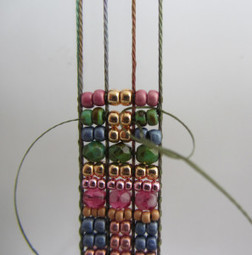 Bead and Crystal Cuff Weave-Along (week one) | Mirrix Looms | Spinning, Weaving and Knitting | Scoop.it