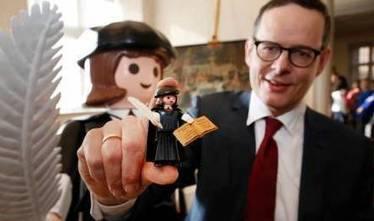 Martin Luther en Playmobil pour les 500 ans de la Réforme | Allemagne | Scoop.it