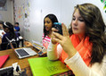 Smartphones move into classes — with school district's blessing | Anchorage | ADN.com | Kirjastoista, oppimisesta ja oppimisen ympäristöistä | Scoop.it
