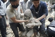 PLS RT #URGENT 'Nepal Earthquake Disaster, so far 2,300 Dead - You Can Help' | News You Can Use - NO PINKSLIME | Scoop.it