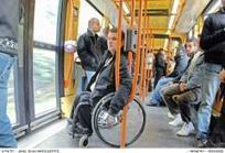 « Le manque d'accessibilité flanque un coup à mon porte-monnaie. »   Handicap et compagnie   Scoop.it