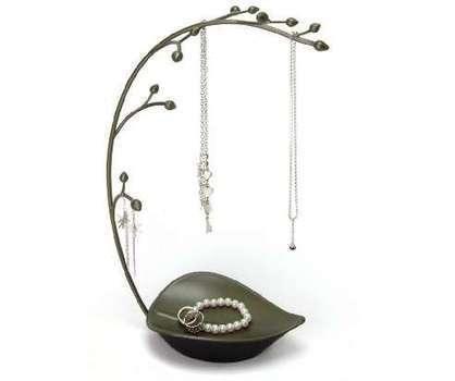 Beautiful jewelry displays : Jewelry | Jwellery | Scoop.it