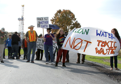 BREAKING: Protesters Blockade Fracking Well Site in Ohio « EcoWatch: Uniting the Voice of the Grassroots Environmental Movement | EcoWatch | Scoop.it