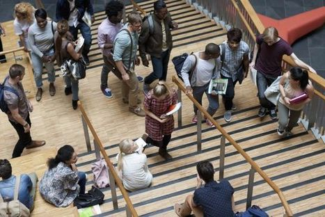 More people enroll in college even with rising price tag, report finds | college search 101 | Scoop.it