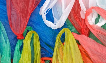 La République tchèque met fin aux sacs en plastique gratuits   News from nowhere   Scoop.it