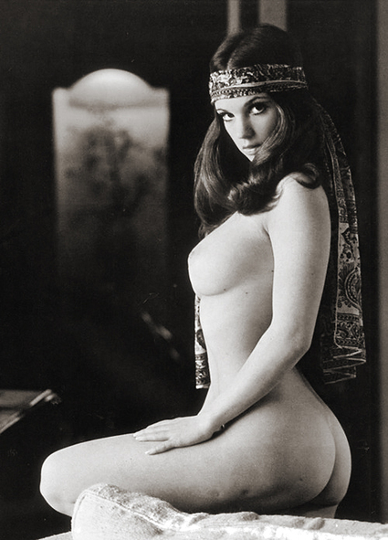 Vintage Hotness | Busty Boobs Babes | Scoop.it