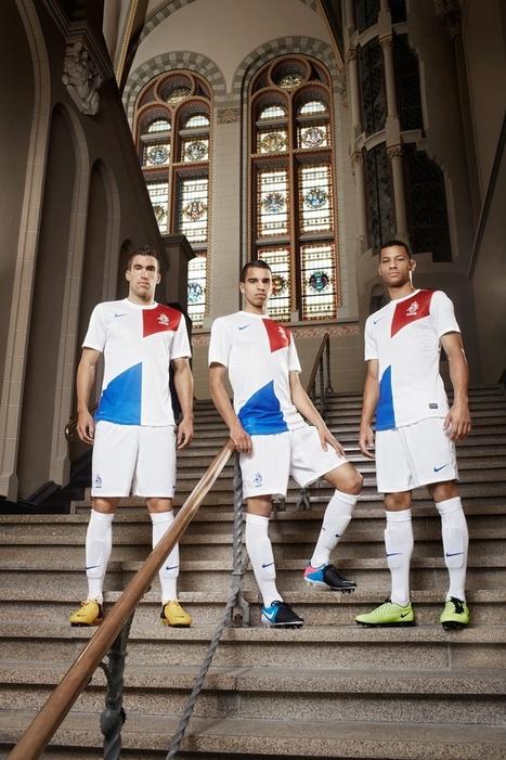 Nederlands Elftal presenteert nieuw uitshirt | Huisstijl | Scoop.it