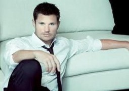 Nick Lachey Gets the Boot from NFL Game | Online Entertainment News | Scoop.it