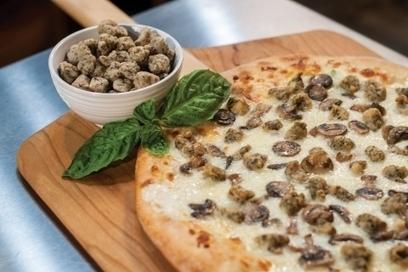 Sicilian Chicken White Pizza | PMQ Pizza Magazine | Pizza Recipes | Scoop.it