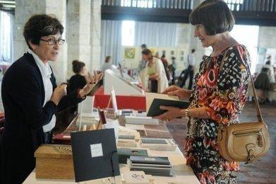 Au salon du livre et du livre d'artistes, on ne fait pas que lire - Sud Ouest | Livre d'artiste | Scoop.it