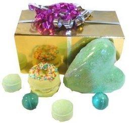 Ballotin de Noël - Idée cadeau - L'accro du Bain   L'Accro du Bain boutique de produits pour le bain et savons gourmands:boule de bain, savons de Marseille,savon artisanal,cupcake de bain, savons cupcakes   Scoop.it