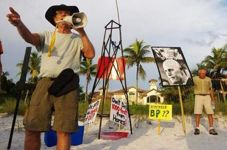 Oil protesters storm Naples beach near Gov. Scott's home - The News-Press | SecureOil | Scoop.it