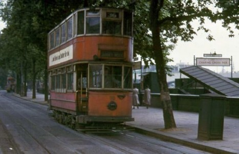 London Trams c.1950s | GenealoNet | Scoop.it