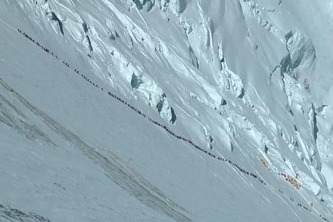 "Authorities Announce New Climbing Rules to Prevent ""Legal Suicide"" on Everest - Mpora | Montagne et Tourisme d'Aventure | Scoop.it"