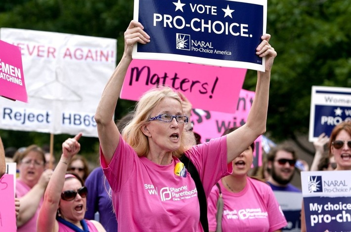 BREAKING: NC GOP Turns Motorcycle Safety Bill Into Abortion Bill With No Public Notice   Dare To Be A Feminist   Scoop.it