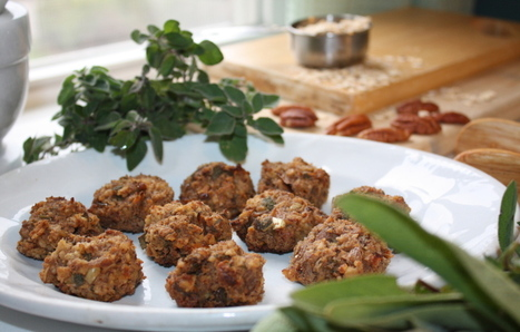 Welcome your vegan and gluten-free Thanksgiving guests to the feast with Pecan-Oatmeal Stuffing Bites. - The Portland Press Herald / Maine Sunday Telegram | My Vegan recipes | Scoop.it