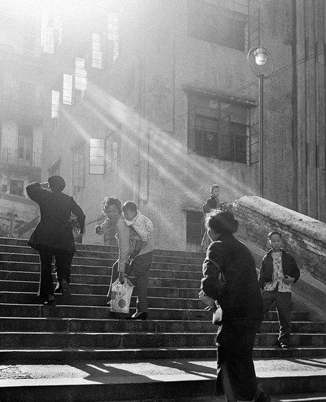 1950s Hong Kong Captured In Street Photography By Fan Ho | Écrire la lumière, coucher la couleur, élever la forme. | Scoop.it
