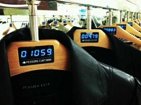 "C&A's Digital Clothes Hangers Update With Facebook ""Likes"" in Real Time 