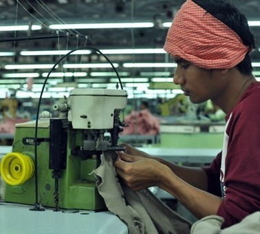 Cheap Labour in Cambodia | Gwen Jin's Blog | Third World Countries and Manufacturing | Scoop.it