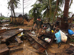 Philippines death toll from Typhoon Bopha nears 300 - CBS News | Uropa | Scoop.it