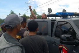 Indonesia detains tourist in Papua - Voice of Baptist Papua | Papuan News | Scoop.it