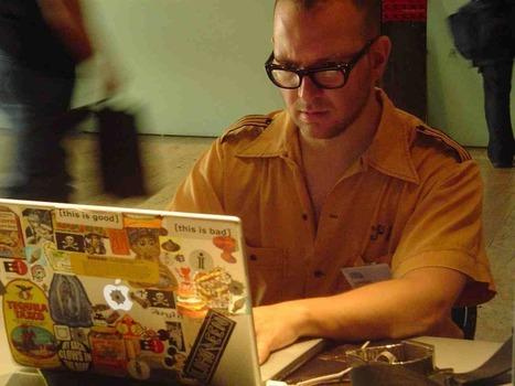 Galli: ¿Se puede luchar por la cultura libre con software propietario? (II): Cory Doctorow   Todo libre y abierto   Scoop.it