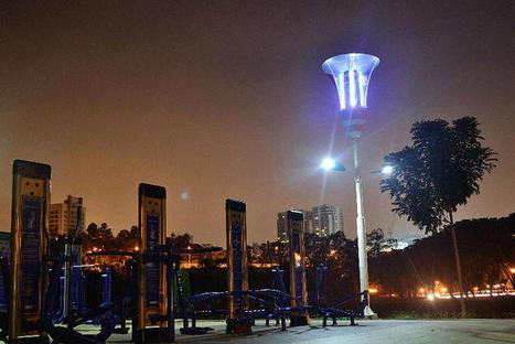 Ce lampadaire prévient des inondations, tue les moustiques et permet de recharger les téléphones | Nouveaux paradigmes | Scoop.it