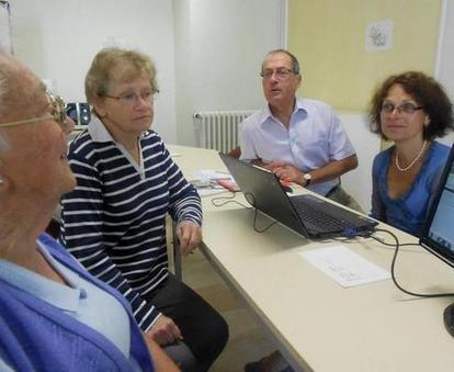 NR 08/08/2012: Généalogie, entre science et quête familiale   RoBot généalogie   Scoop.it