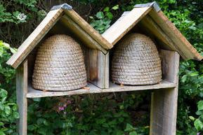 Une ruche écolo au jardin   Jardinage écologique   Scoop.it