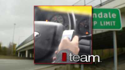 I-Team Confronts Police About Texting Officer - Cleveland News - Fox 8 | Texting while driving | Scoop.it