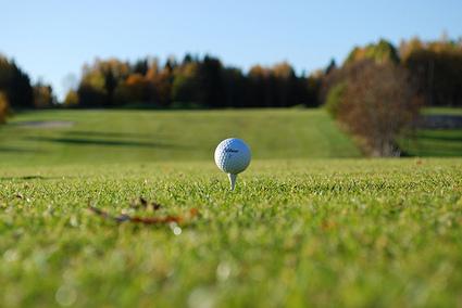 Ces projets de golf qui dévorent les terres agricoles - Greenwashing rural - Basta ! | Ambiante | Scoop.it