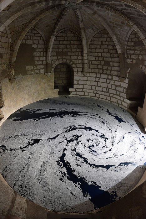 New #Labyrinths of Poured #Salt by Motoi Yamamoto Cover the #Floors of a French Castle. #art | Luby Art | Scoop.it