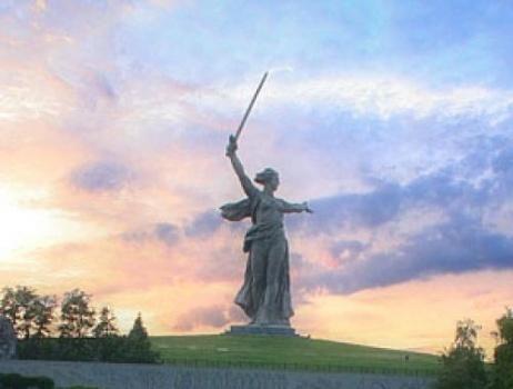 En Russie, une pétition pour renommer Volgograd en Stalingrad (RUS) | histoire | Scoop.it