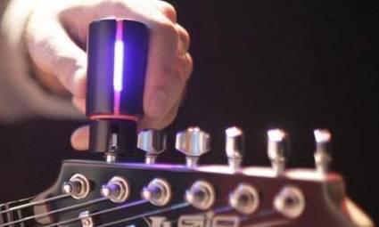 Roadie, l'accordeur de guitare connecté   Objets Connectés & Marketing Connecté   Scoop.it