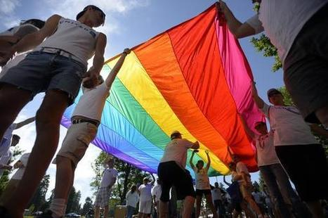 PrideFest Parade, festival draw crowds in Denver to celebrate GLBT community   Gay Entertainment   Scoop.it