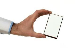 Esta lámina transparente se coloca en la pantalla del móvil y carga la batería | Microsiervos (Gadgets) | Flow: Innovación | Scoop.it