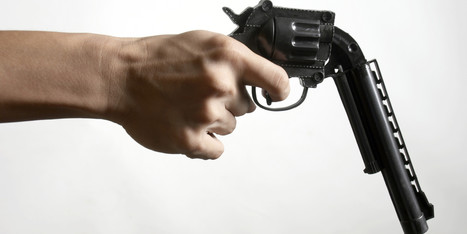 Suspect Fires Handgun In Store During Gun Rights Discussion | Rob Bharda- 2 amendment | Scoop.it