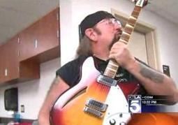 Stolen guitar found 17 years later - New York Daily News | Guitar | Scoop.it