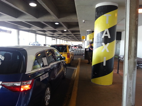 Airport Extends...And Cancels Controversial Taxi Contract - WFAE | taxi fleet | Scoop.it