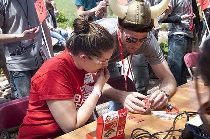 Arduino Hackfest! - News - SparkFun Electronics | Big and Open Data, FabLab, Internet of things | Scoop.it