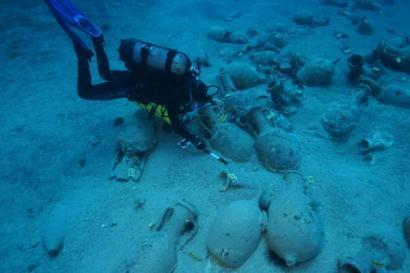 Pristine wrecks revealed in Evian Straits | archaeology | Scoop.it