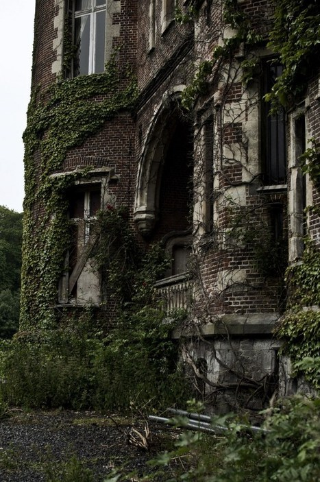 Château de la Forêt – The Castle Moulbaix – Abandoned in Belgium | Abandoned places, urban and industrial exploration | Scoop.it