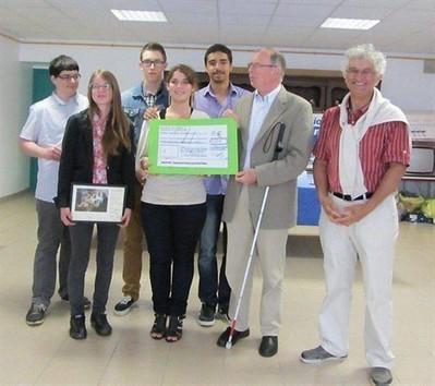 Les lycéens aident l'association V. Haüy , La Roche-sur-Yon 21/06/2013 - ouest-france.fr | La revue de presse du Lycée Branly de La Roche sur Yon | Scoop.it