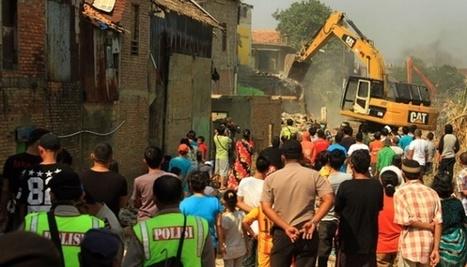 Jakarta: Kampung Pulo Eviction | Indonesia - Development - Urban - Informality | Scoop.it