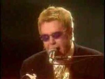 Pamela Anderson Pole Dance to Elton John's The Bitch is Back | Let's Get Sex Positive | Scoop.it
