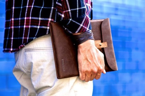 UsefulandGlamour.com e Norsk Mand presentano il secondo U&G Giveaway! <br/><br/>In pal... | UsefulandGlamour.com and Norsk Mand's leather iPad sleeve giveaway! | Scoop.it