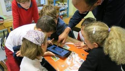 Tours : à l'école, entre tablettes et tableau noir | Usages dans les académies | Scoop.it