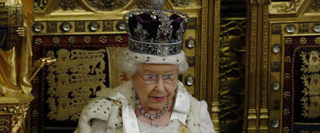 We Are 'One Nation', Says Woman On Gold Throne While Announcing Further Austerity Measures | LOS 40 SON NUESTROS | Scoop.it