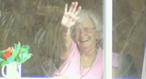This Elderly Woman Has Been Waving at Students for Years. They Finally Did Something About It | Awesomeness | Scoop.it